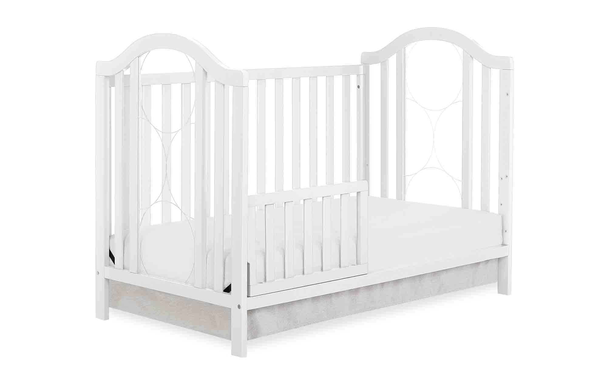 762-W Ariel Toddler Bed