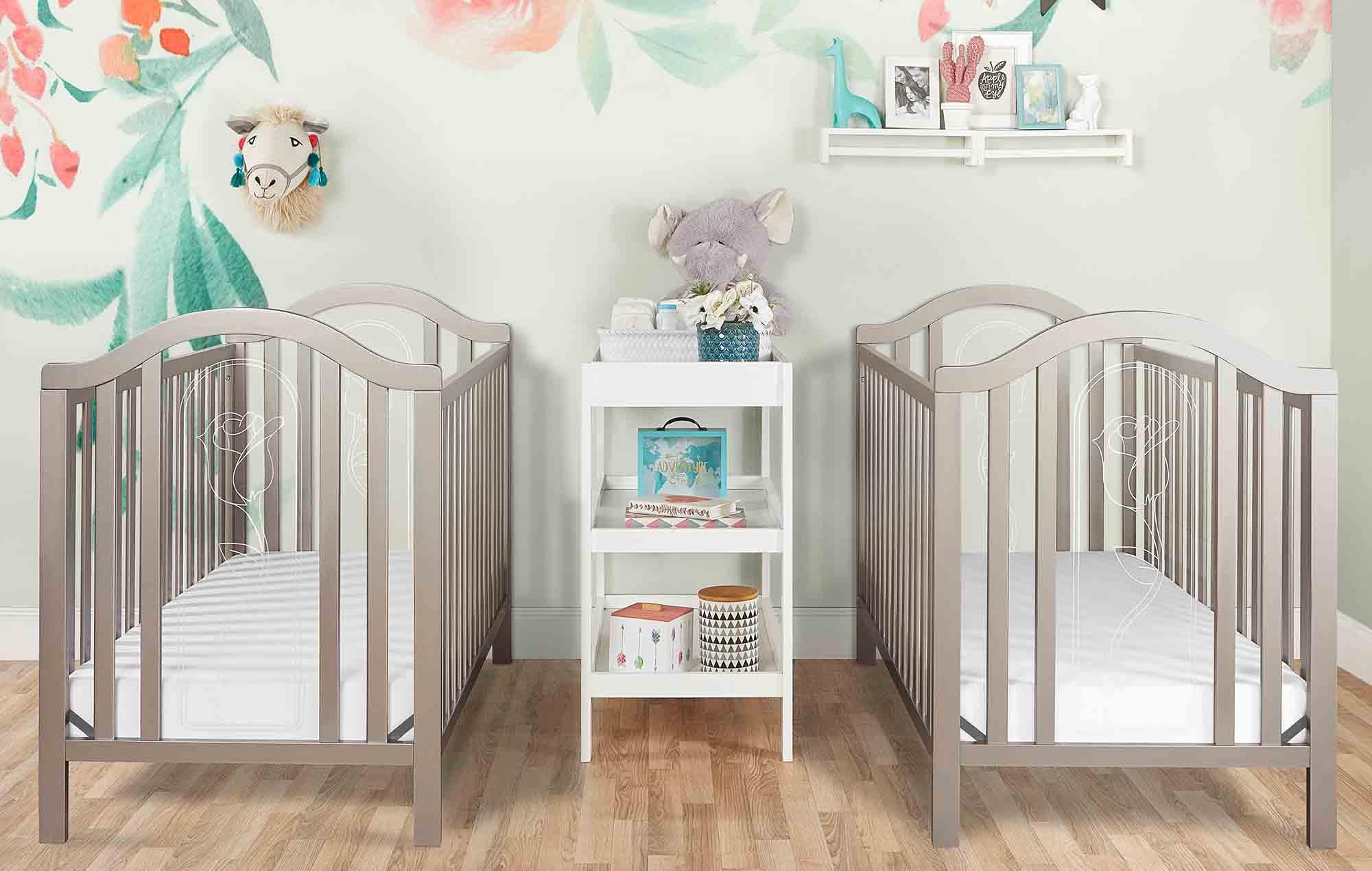 762-GD Ariel Crib Twin Room Shot