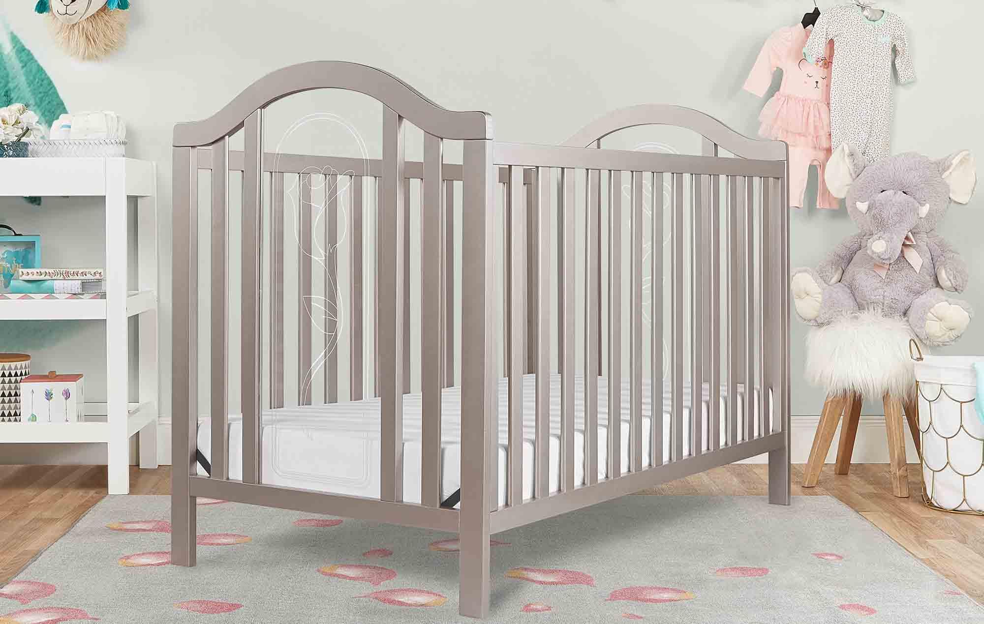762-GD Ariel Crib Room Shot