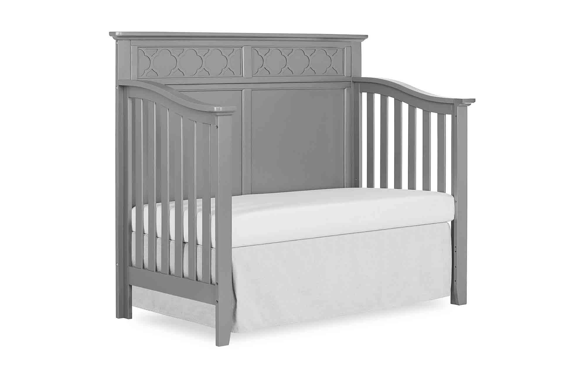 774-SGY Harper Day Bed