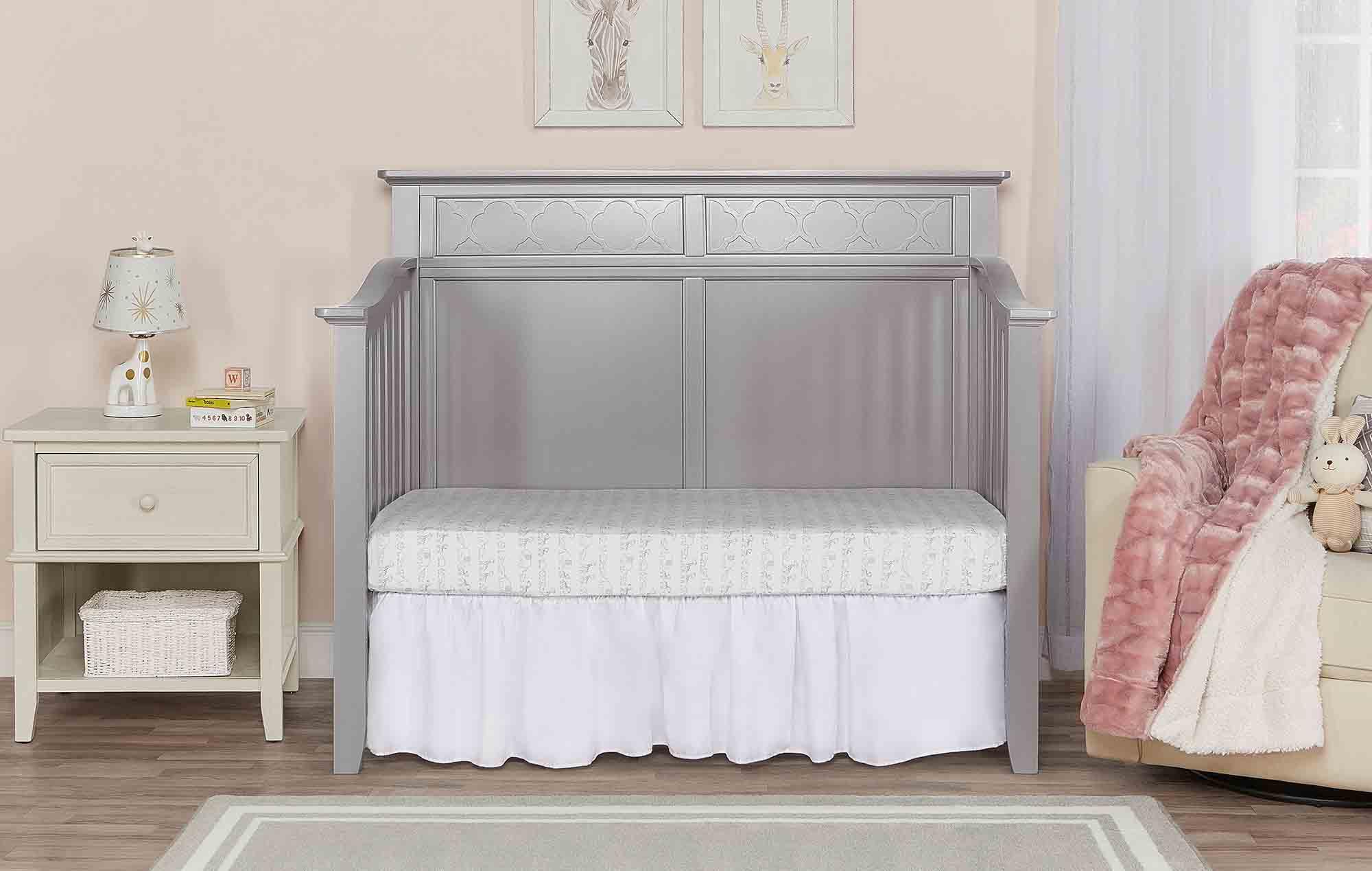 774-SGY Harper Day Bed Room Scene