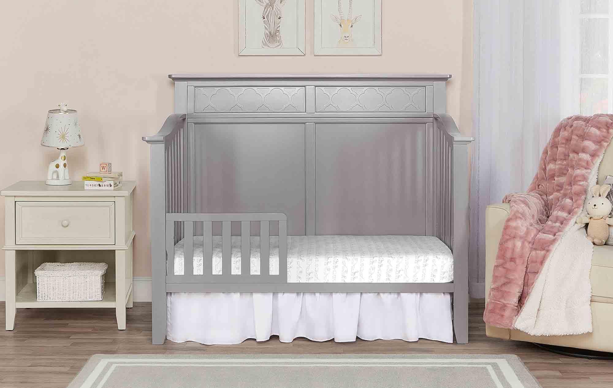774-SGY Harper Toddler Bed Room Scene