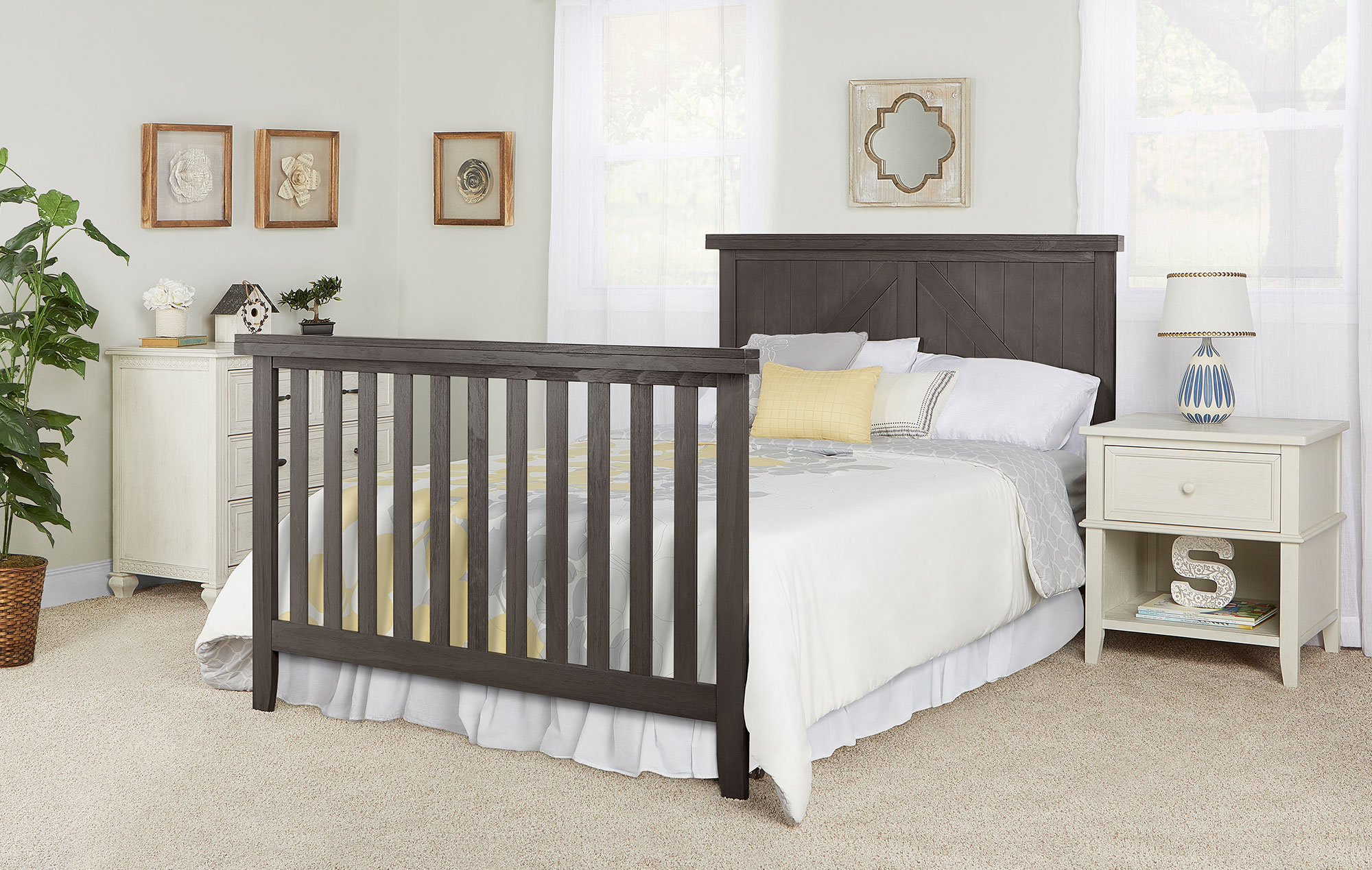 771-WGREY Olive Full Size Bed with Headboard Room Shot