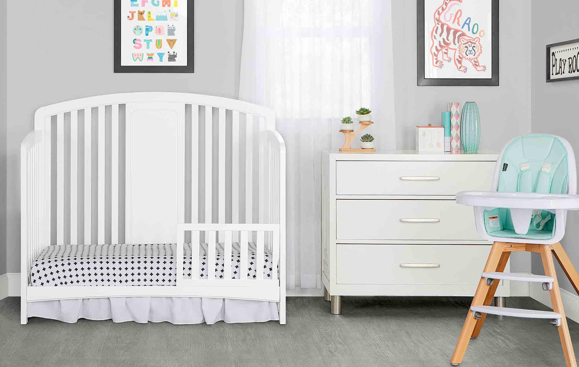 775-W Dakota Toddler Bed Room Shot