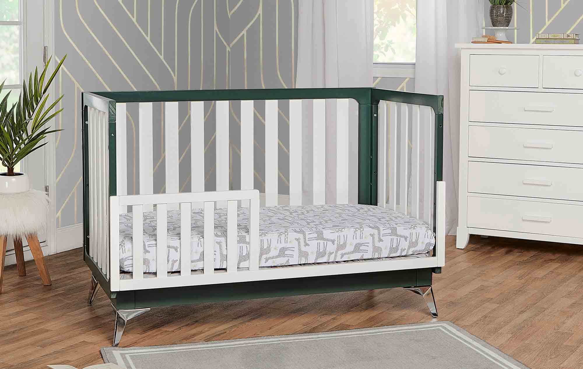 770-OLIVE London Toddler Bed Room Shot