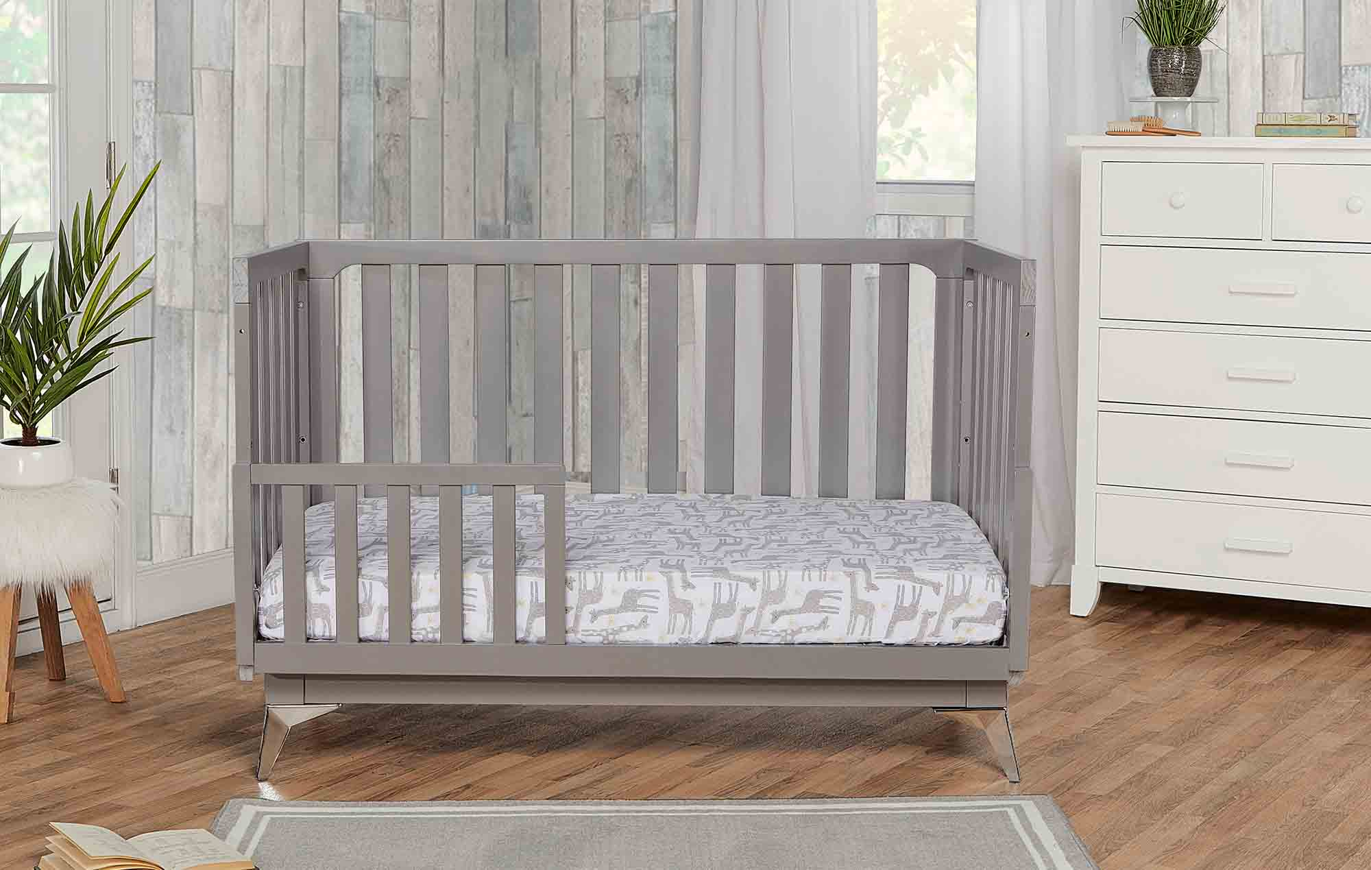 770-SGY London Toddler Bed Room Shot